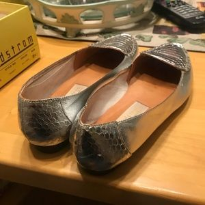 Vintage Metallic Silver Loafers